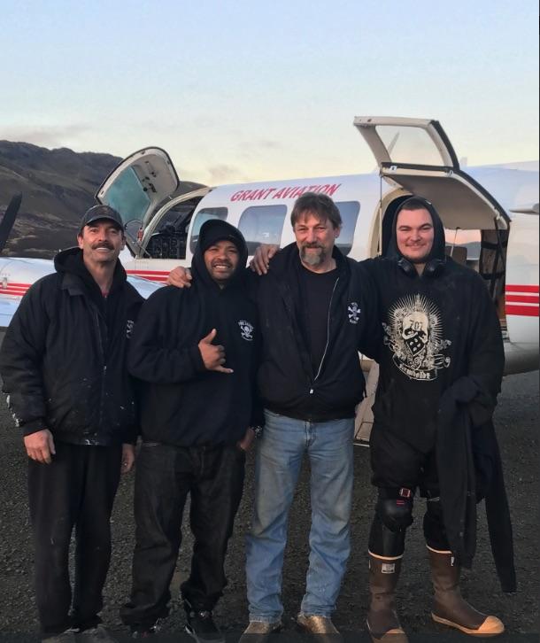 Neal Hillstrand, Johnathan Hillstrand, Time Bandit Crew, Deadliest Catch-https://twitter.com/captjohnathan/status/930824233277538304