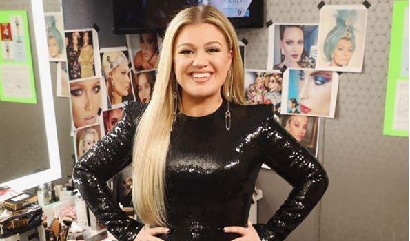 Kelly Clarkson from Instagram