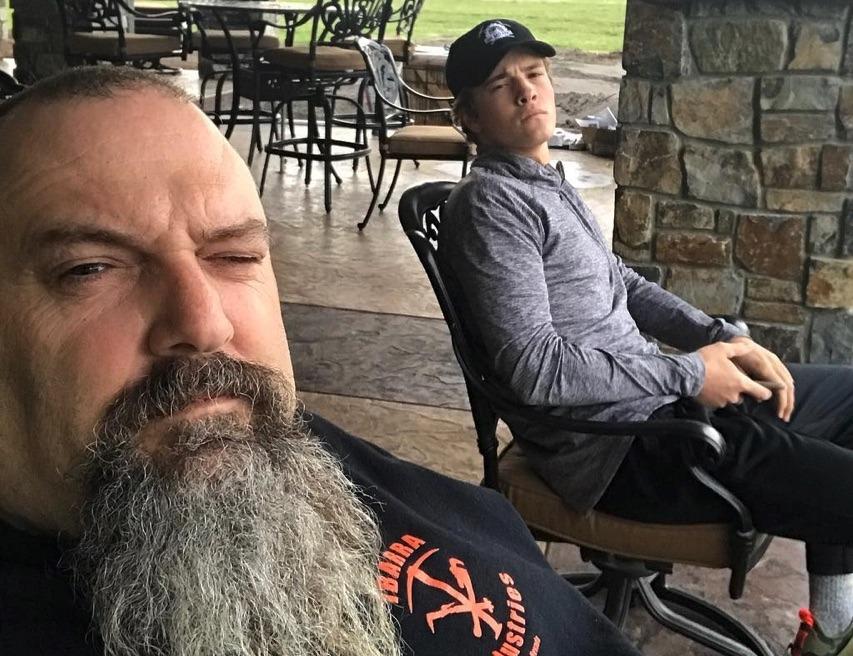 Todd Hoffman, Hunter Hoffman, Gold Rush-https://www.instagram.com/p/BhQI6k2gncP/
