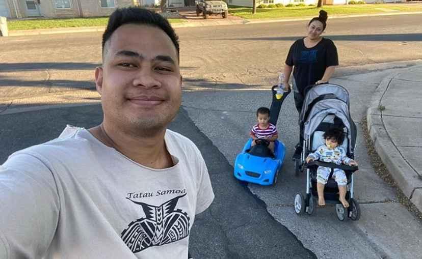 Asuelu, Kalani and the two kids on 90 Day Fiancé