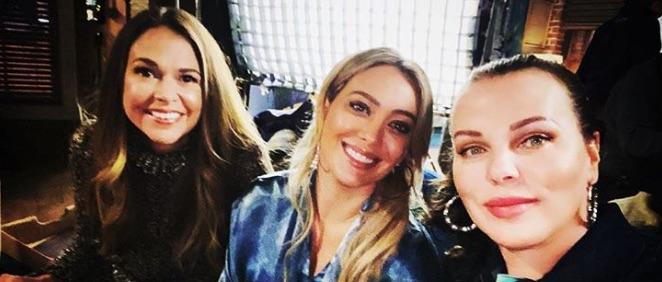 Younger Season 7, Sutton Foster, Hilary Duff, Debi Mazar-https://www.instagram.com/p/CGS43xVhYzZ/