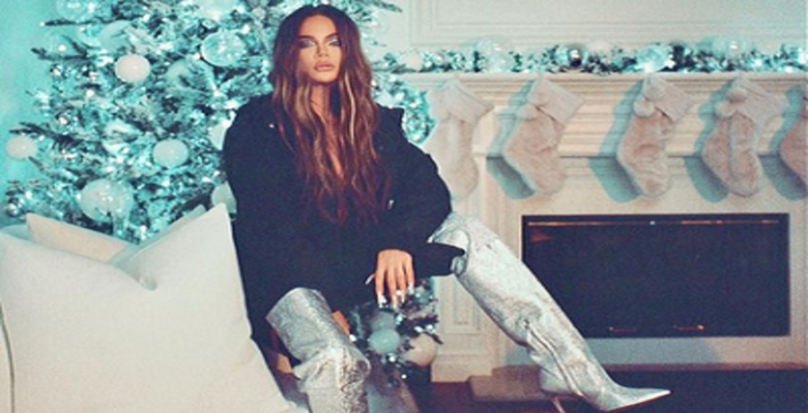 khloe kardashian instagram selfie
